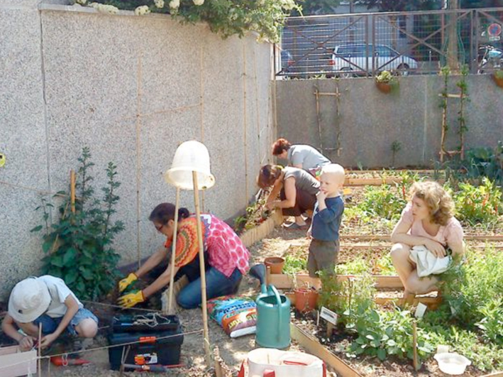 Jardin fleurs de bitume jardinons ensemble for Le jardin 75015